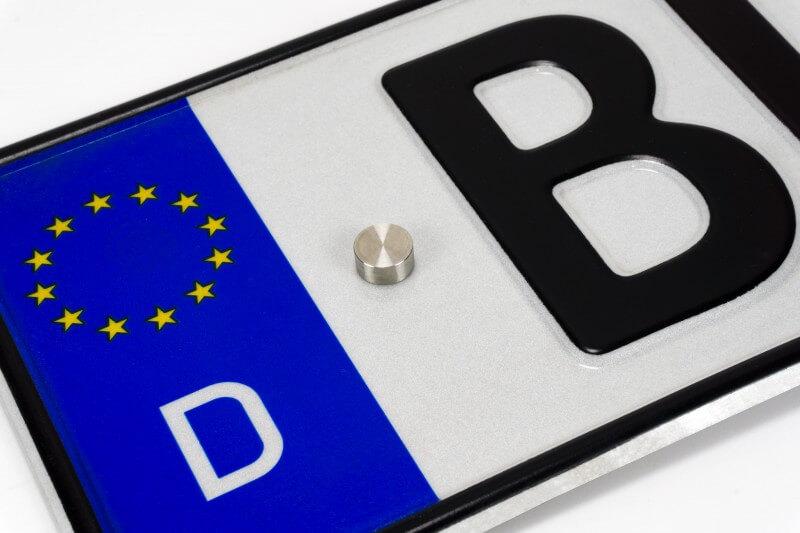 Abdeckkappe für Auto Kennzeichen Edelstahl